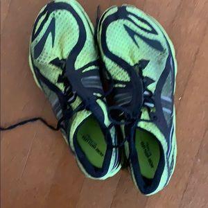 🔥🔥Brooks running shoes.